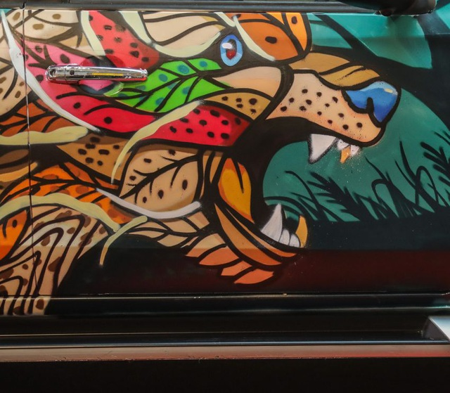 Chiêm ngưỡng một chiếc Triton độ graffiti sặc sỡ - 7