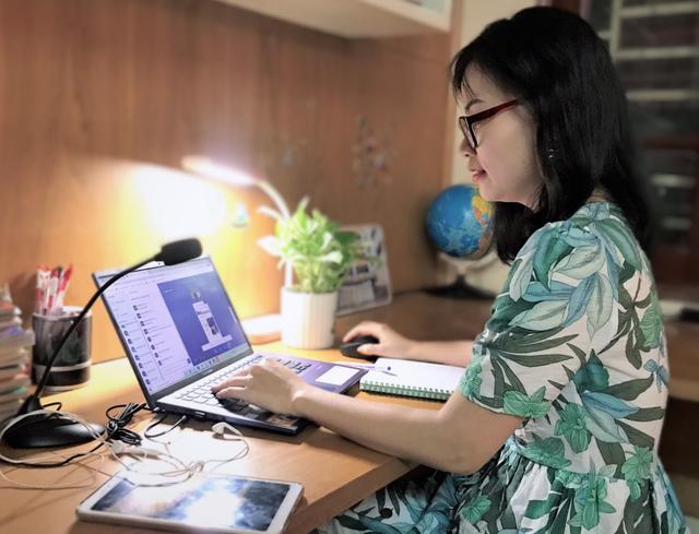 Một ngày làm việc của giảng viên dạy trực tuyến với sinh viên ảo - 6