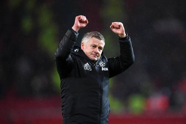 HLV Solskjaer lập kỷ lục 3 lần đánh bại Pep Guardiola trong một mùa giải - 1