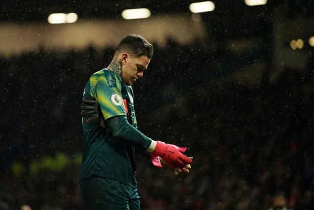 Pep Guardiola nói gì sau trận thua trước Man Utd? - 2