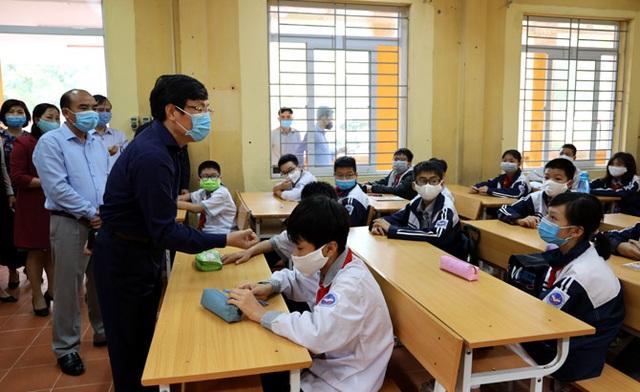 Hôm nay, Vĩnh Phúc cho học sinh Mầm non đến THCS đi học trở lại - 3