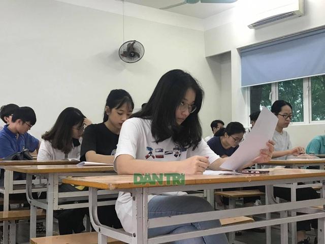 Bộ GDĐT có thể điều chỉnh lịch thi THPT quốc gia nếu nghỉ học kéo dài - 2
