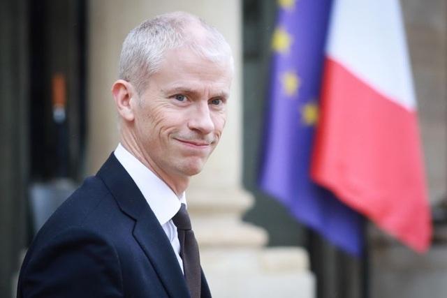 """Châu Âu """"gồng mình"""" đối phó dịch, Bộ trưởng Pháp mắc Covid-19 - 1"""