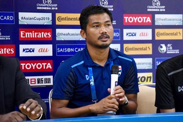 Liên đoàn bóng đá Thái Lan dính án phạt từ AFC - 1