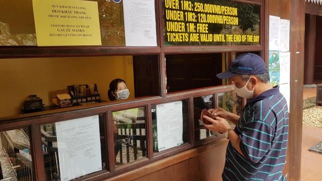 Tràng An từ chối bán vé du khách không đeo khẩu trang - 1