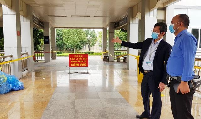 Lấy mẫu xét nghiệm lần 2 ca nhiễm Covid-19 tại Ninh Bình - 1