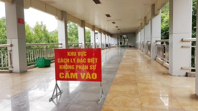 Lấy mẫu xét nghiệm lần 2 ca nhiễm Covid-19 tại Ninh Bình - 4
