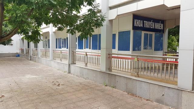 Lấy mẫu xét nghiệm lần 2 ca nhiễm Covid-19 tại Ninh Bình - 2