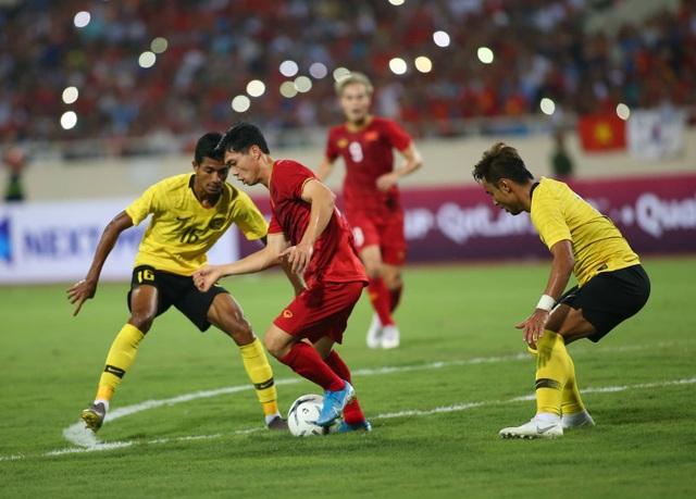 Vòng loại World Cup 2022 đổi lịch: Tuyển Việt Nam được nhiều hơn mất - 2