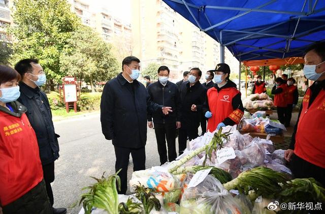 Ông Tập Cận Bình thăm bệnh viện dã chiến, khu dân cư ở Vũ Hán - 10