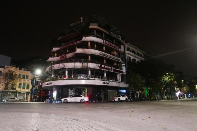 Hình ảnh lạ thường tại Hà Nội giữa mùa dịch Covid - 19 - 3