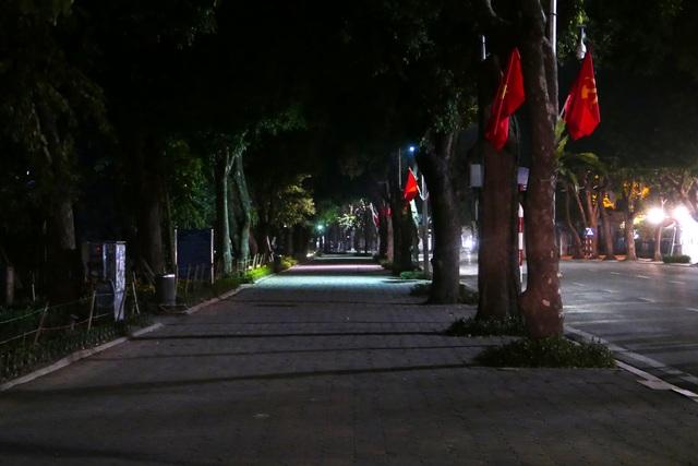 Hình ảnh lạ thường tại Hà Nội giữa mùa dịch Covid - 19 - 6