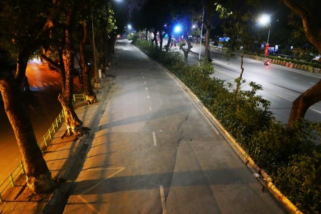 Hình ảnh lạ thường tại Hà Nội giữa mùa dịch Covid - 19 - 7