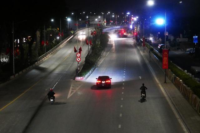 Hình ảnh lạ thường tại Hà Nội giữa mùa dịch Covid - 19 - 8