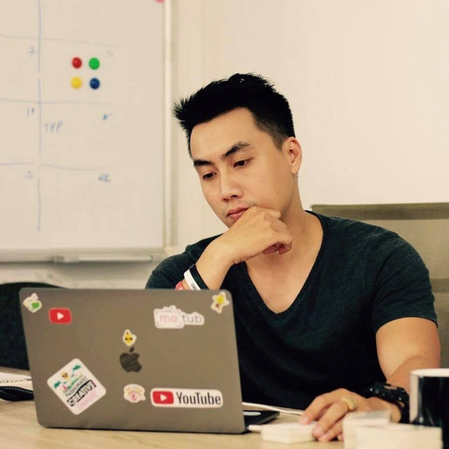 Phạm Hoàng Huy và hành trình từ chủ nhân nút bạc đến chuyên gia hàng đầu về YouTube - 2