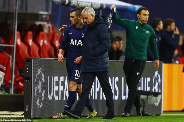 Những khoảnh khắc Tottenham chia tay Champions League đầy cay đắng - 14