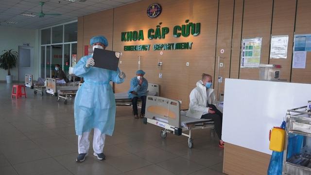 Bên trong phòng điều trị đặc biệt Covid-19 tại Bệnh viện Bệnh nhiệt đới TW - 8
