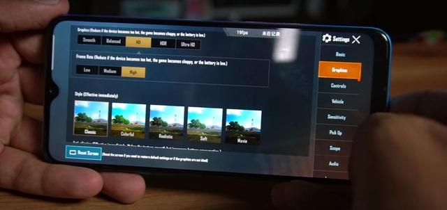 Realme C3: Pin lớn, hiệu năng tốt trong tầm giá 3 triệu - 2