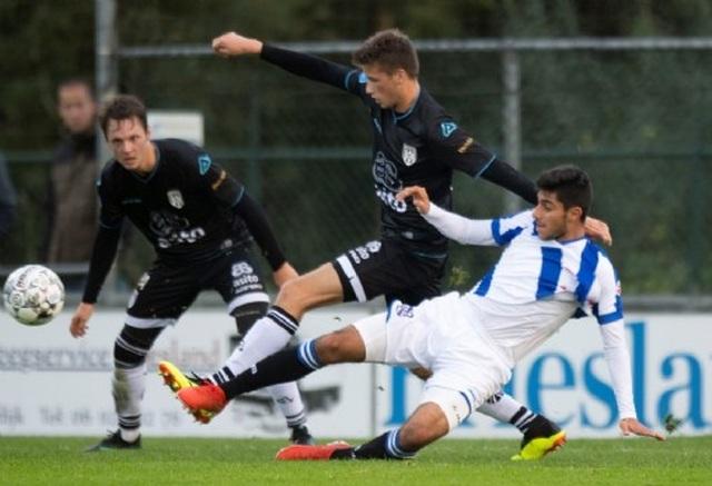 Đội trẻ Heerenveen bị cầm hoà trong ngày vắng Đoàn Văn Hậu - 1