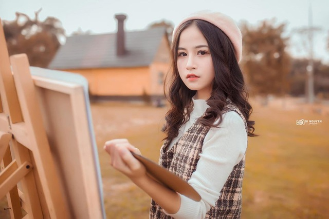 Nữ sinh xinh đẹp gây chú ý bởi nét mặt giống ca sĩ Chi Pu - 9