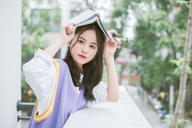 Nữ sinh xinh đẹp gây chú ý bởi nét mặt giống ca sĩ Chi Pu - 12