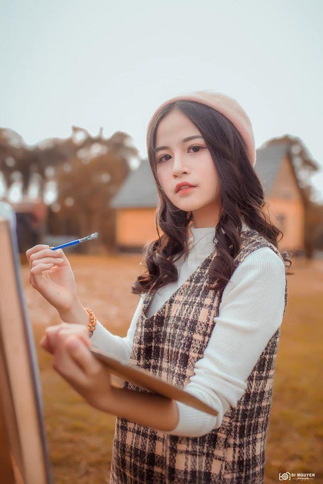 Nữ sinh xinh đẹp gây chú ý bởi nét mặt giống ca sĩ Chi Pu - 8
