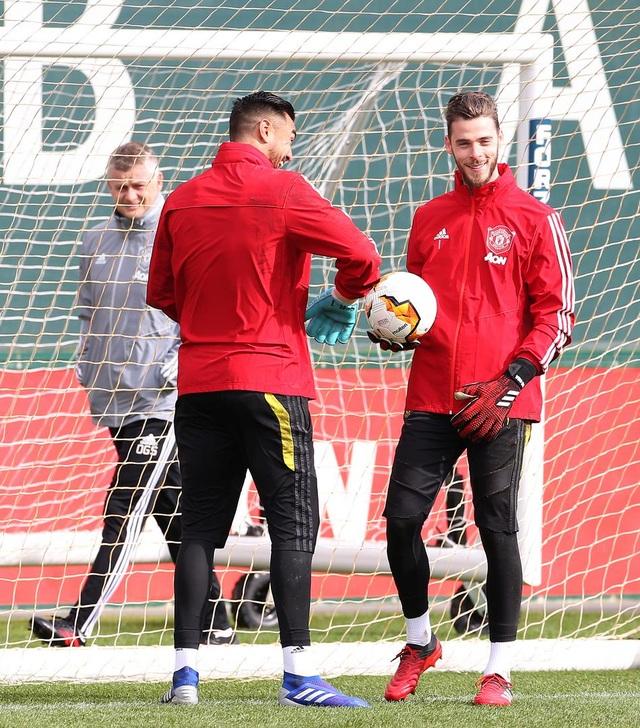 Man Utd tập rất sung trước giờ lên đường sang Áo - 7