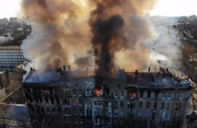 Báo Ukraine đưa tin về hành động cao đẹp của người Việt tại Odessa - 1