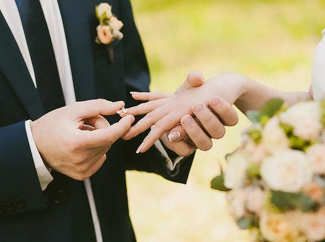 Ngăn cấm con cái kết hôn, cha mẹ có thể bị xử lý hình sự! - 1