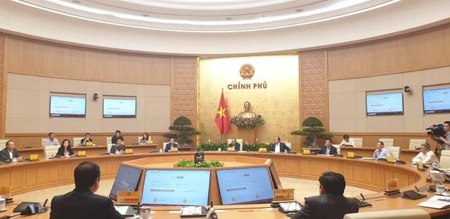 Thủ tướng: Xử phạt giao thông, sao chỉ Việt Nam thu bằng lái? - 1