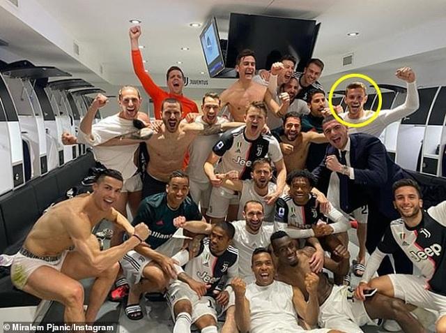 C.Ronaldo không nhiễm Covid-19, Hudson-Odoi tuyên bố đã khỏe mạnh - 2