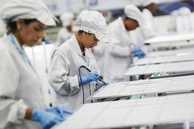 Hãng xe Trung Quốc trở thành nhà sản xuất khẩu trang lớn nhất thế giới - 1