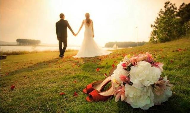 Cứ đẻ rồi làm tiệc cưới, vội gì! - 1