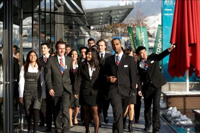 Hỗ trợ vé máy bay du học ngành Khách sạn, Du lịch, Đầu bếp tại BHMS - 1