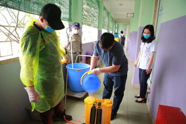 Hà Nội: Các trường triển khai dạy học online, tăng cường khử khuẩn mùa dịch - 8