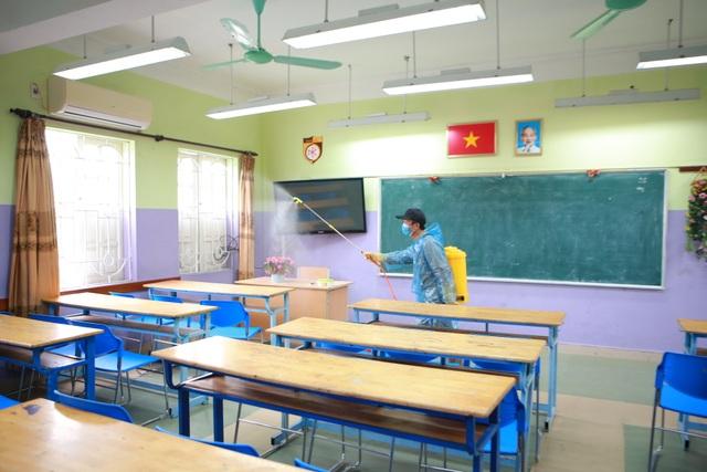 Hà Nội: Các trường triển khai dạy học online, tăng cường khử khuẩn mùa dịch - 9