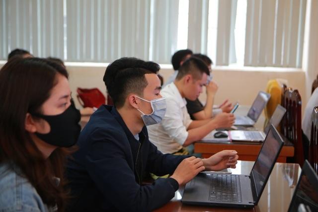 Hà Nội: Các trường triển khai dạy học online, tăng cường khử khuẩn mùa dịch - 2