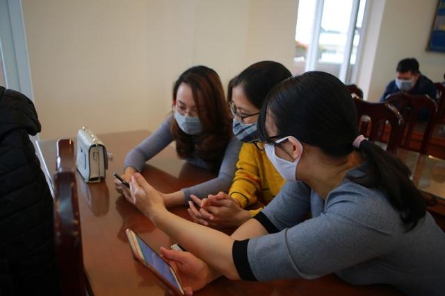 Hà Nội: Các trường triển khai dạy học online, tăng cường khử khuẩn mùa dịch - 4