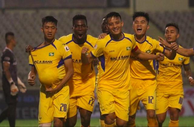 Cầu thủ Phan Văn Đức tặng bàn thắng cho vợ và con theo cách đặc biệt - 4