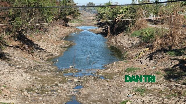 Những giọt nước nghĩa tình tại vùng hạn mặn khắc nghiệt lịch sử - 4