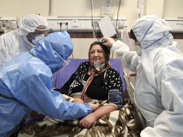 Iran có thêm 113 người tử vong vì Covid-19, số người nhiễm lên gần 14.000 - 1
