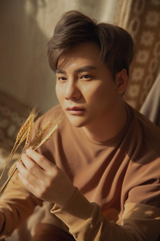 MC Ngọc Châu không đi lên chỉ bằng scandal - 6