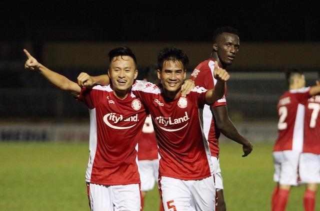 Công Phượng không ghi bàn, TPHCM vẫn thắng sát nút Thanh Hoá - 1