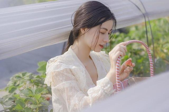 Xao xuyến vẻ đẹp trong veo như sương mai của cô gái Bắc Giang - 1