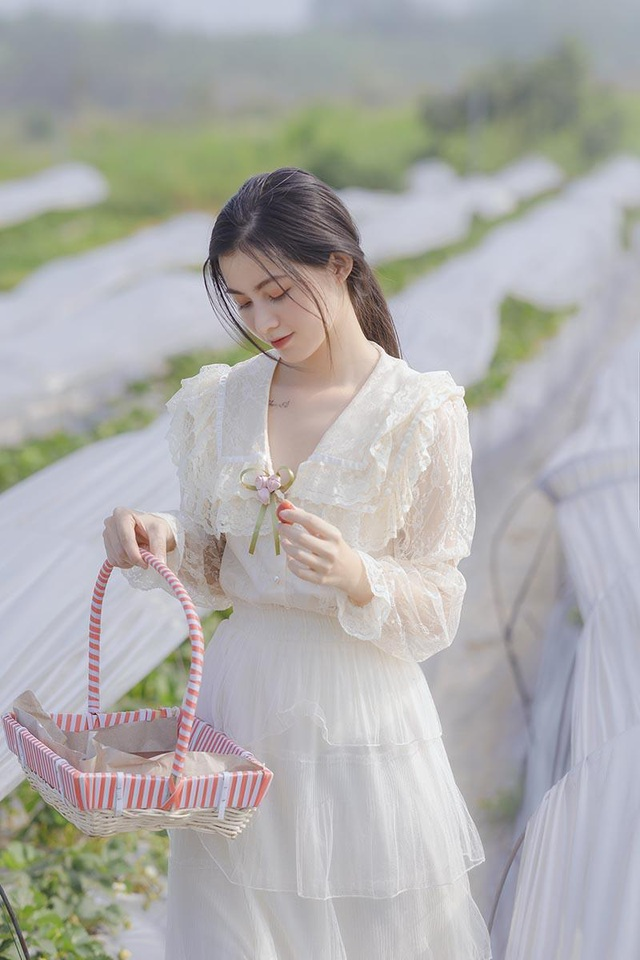 Xao xuyến vẻ đẹp trong veo như sương mai của cô gái Bắc Giang - 2