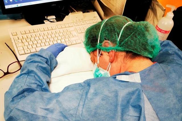 Giây phút cuối cùng của bệnh nhân nhiễm virus corona tại Italia - 2