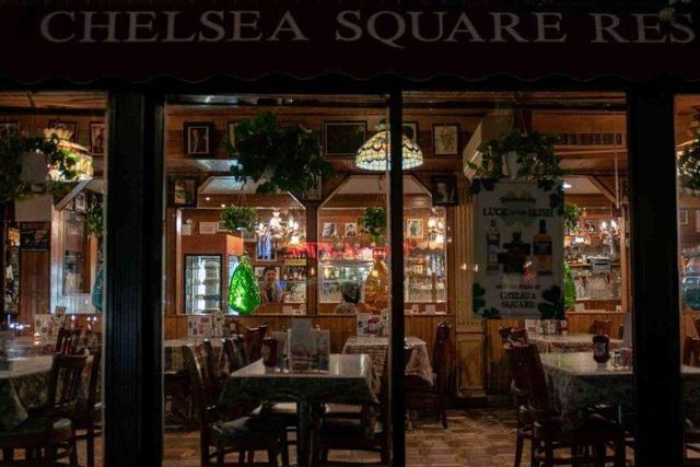 New York và Los Angeles đóng cửa toàn bộ nhà hàng và quán bar - 1