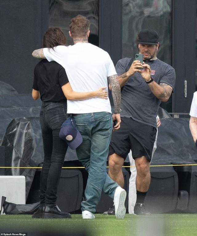 Ngưỡng mộ hình ảnh hạnh phúc của gia đình David Beckham - 11