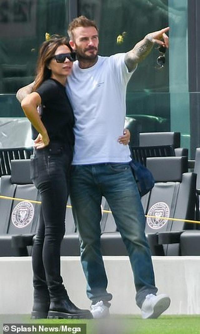Ngưỡng mộ hình ảnh hạnh phúc của gia đình David Beckham - 3