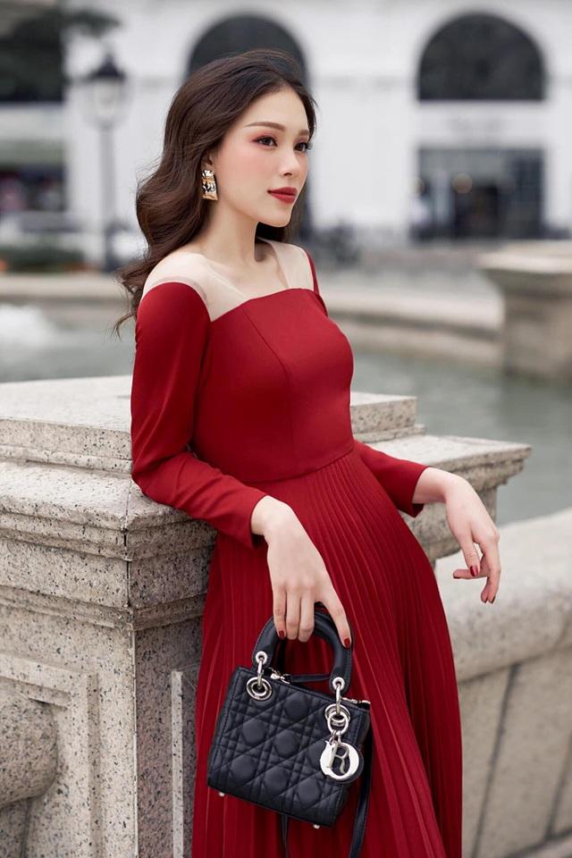 Lên báo Anh nhờ đeo khẩu trang, Linh Rin hé lộ Phillip Nguyễn tạo cảm hứng - 8
